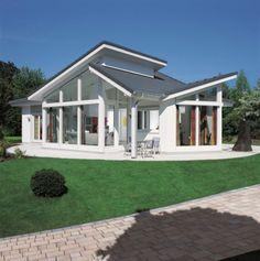 Unsere Bauunternehmer bauen die schönsten Pultdachhäuser. Preisgünstig in Top Qualität. Mehr info? Unverbindlich anfragen: housesolutions2015@gmail.com