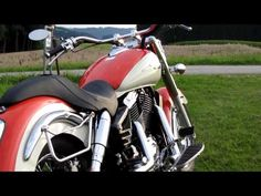 Shadow VT 1100 C3 Aero Walkaround with Vance & Hines Straightshot Exhaust and Corbin Stinger Seat - YouTube
