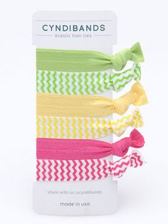 This set of 6 hair ties presents a retro vibe with the inspired Chevron  print and its solid 12654728da8