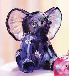 Fenton glass elephant @ANN WASSON