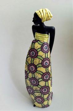 Raku ceramic sculpture — Margit Hohenberger http://www.veniceclayartists.com/figurines-of-intrigue/