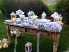 #confettata #country in giardino Wedding Table, Diy Wedding, Wedding Reception, Wedding Ideas, Purple Wedding, Wedding Flowers, Flower Lights, Wedding Confetti, Wedding Preparation