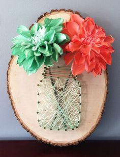 DIY String Art Projects - Mason Jar String Art - Cool, Fun and Easy Letters, Patterns and Wall Art Tutorials for String Art - How to Make Names,… diy and crafts projects Diy Craft Projects, Kids Crafts, Diy Mother's Day Crafts, Mother's Day Diy, Crafts To Make, Easy Crafts, Arts And Crafts, Wood Crafts, Wood Slice Crafts