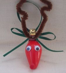 Go green this holiday season by making a Reindeer Light Bulb Ornament. This eco-friendly craft allows you to use a burnt-out Christmas or night light bulb. This ornament shows that Christmas craft projects don't impact the environment! Christmas Reindeer Lights, Reindeer Craft, Kids Christmas, Christmas Bulbs, Christmas Cactus, Kindergarten Christmas, Reindeer Food, Reindeer Ornaments, Christmas Island
