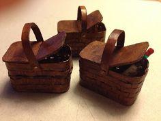 Tutorial Miniature Picnic Baskets. by dollhouse miniature furniture tutorials, via obsidian-hall.blogspot.com