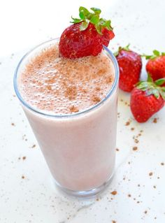 8 Chocolate Covered Strawberries Protein Shake [Phase By Jessica Romeo Beverage, Breakfast, Phase Phase Phase 3 May . Vanilla Yogurt, Healthy Dishes, Healthy Drinks, Healthy Meals, Healthy Eating, Strawberry Protein Shakes, Ice Milk, 100 Calories