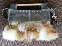 Leather handbag/gray/real leather and coyote fur/medium size Distressed Leather, Real Leather, Leather Handbags, Messenger Bag, Satchel, Elder Scrolls, Tote Bag, Gray, Fur