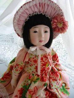 Ichimatsu ningyou - dress and bonnet