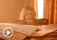 demi lovato let it go | Demi Lovato Let It Go Lyrics, Disney Frozen Soundtrack Audio | Teen ...