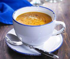 Csípős édesburgonya-leves szezámmaggal Sweet Potato, Potatoes, Tableware, Kitchen, Potato, Cooking Food, Recipes, Steel, Dinnerware