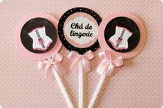 Festa Pronta - Chá de Langerie - Tuty - Arte & Mimos www.tuty.com.br Que tal usar esta inspiração para a próxima festa? Entre em contato com a gente! www.tuty.com.br #festa #personalizada #party #cha #langerie #tuty