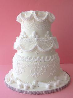 Método Lambeth. . Royal icing, Glasé real. Tartas de bodas. Weding cakes. Cakes, Boquillas. Duyas. Picos. Rosa María Escribano.