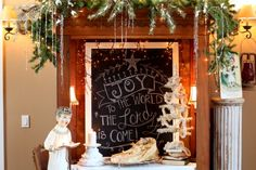 Joy to the World the Lord is come! Chalkboard art from Sugar Pie Farmhouse Christmas Home Tour