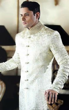 Deepak perwani sherwani designs and sherwani uk for men. Latest pakistani wedding sherwani suits and indian men's sherwani collection by deepak perwani sherwani stores Summer Wedding Suits, Wedding Men, Wedding Attire, Wedding Dinner, Wedding Outfits, Wedding Groom, Farm Wedding, Wedding Couples, Indian Wedding Suits Men
