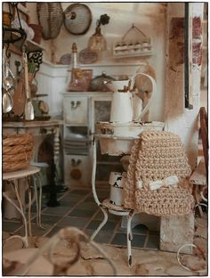 brocante shop.....coming soon