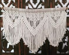 New fave This large boho babe (almost 1m wide - perfect for above a bed or lounge) will be available at @foundersco next weekend #macrame #macramewallhanging #macrameart #macramewallart #fibreart #boho #bohohome #bohostyle #beachhouse #foundersco #sunshinecoast #modernmacrame