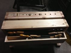 Split Top Saw Bench with wedge powered Wagon Vice and Integrated Saw Till - by TerryDowning @ LumberJocks.com ~ woodworking community
