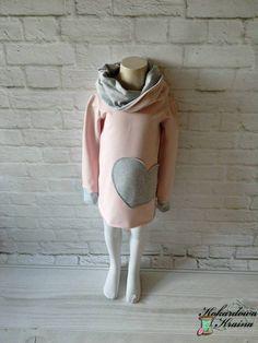 Dresowa sukienka w kolorze pudrowym z doszytym kominem :)