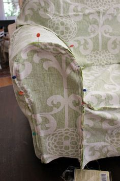 Armchair Slipcover Tutorial: using directly the slipcover fabric to make the pattern