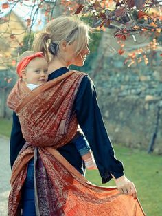 28 meilleures images du tableau Portage   Baby carriers, Baby slings ... eee0da7fa16