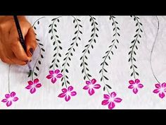 Easy Fabric Painting Design for beginners Saree Painting Designs, Fabric Paint Designs, Painting Patterns, Fabric Design, Simple Flower Design, Flower Designs, Stencil Painting, Fabric Painting, Diy Fabric Jewellery