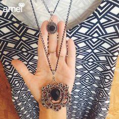 Maxi colar duplo com vestido #etiquetaamei ✨ #lojaamei #colar #acessorio #vestido #peb #noite #dia