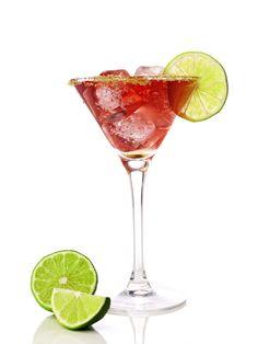 Menos de 100 kcal: Aprenda a fazer drinks com vodka