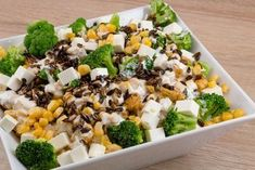 Dziś przedstawiam jedną z moich ulubionych sałatek. Wykonanie jej jest bardzo łatwe. Gdy po raz pierwszy pojawiła się na stole zniknęła dosłownie w oczach. Wszystkim bardzo smakowała, więc postanowiłam wziąć przepis i zachować go na bardzo długo. Przepis dostałam od Natalki ♥. Składniki: Wy Polish Recipes, Polish Food, Cobb Salad, Grains, Rice, Vegetables, Party, Diet, Bulgur