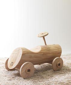 Coche en #madera. // Products, NATURAL LIVING. #Wood