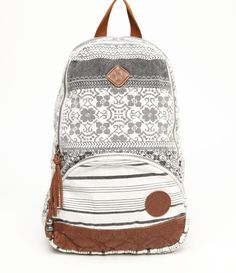 I could use one of these for school... Loving the vintage look.. or the denim ones! Beats draggin' a purse around.