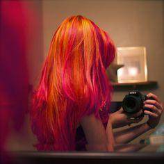 Meekakitty shared by てふてふ on We Heart It Funky Hairstyles, Pretty Hairstyles, Violett Hair, Pink And Orange Hair, Orange Red, Burnt Orange, Magenta Hair, Red Purple, Et Tattoo