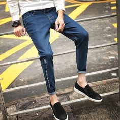 Young feet Slim type hole men\'s harem pants USD $9.98 / piece http://www.idealmalls.com/item/538490556833