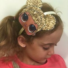 Surprise Uma linda festa surpresa para a pequena Costanza Obrigada . Unicorn Headband, Diy Headband, Baby Girl Headbands, Crochet Socks Pattern, Colors For Dark Skin, Baby Hair Accessories, Boutique Hair Bows, Making Hair Bows, Lol Dolls