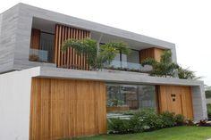 Modern House Facades, Modern Bungalow House, Modern Exterior House Designs, Dream House Exterior, Modern Architecture House, Modern House Plans, Modern House Design, Chinese Architecture, Futuristic Architecture