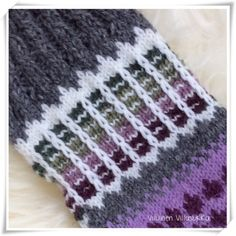 Viluinen Villasukka: Anelmaiset Knitting Socks, Hand Knitting, Mosaic, Projects To Try, Crochet, Knitting And Crocheting, Knit Socks, Chrochet, Crocheting