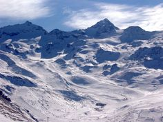 The gobsmacking Valthorens - part of the Trois Vallees skiing area - and the highest ski resort in Europe.