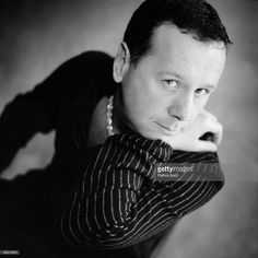 photo-of-jim-kerr-and-simple-minds-jim-kerr-picture-id85512001 (1021×1024)