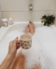 Take some inspiration from the hygge trend and chill out in a relaxing, cosy bath. Relaxing Bath, Best Bath, In Vino Veritas, Spa Day, Bath Time, Belle Photo, No Time For Me, Bath And Body, Slow Living