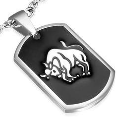 Pendentif médaillon Zense homme design en acier noir et argenté signe zodiaque taureau. Matière : acier inoxydable. Hauteur : 3.00 cm. Largeur : 2.00 cm. Poids : 9.80 g. Référence : ZP0119.