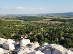 Enni, menni, pihenni: 5 menő hely a Vértesben - Mom With Five Hungary, Golf Courses, Dolores Park, Van, Travel, Travel Advice, Viajes, Destinations, Traveling