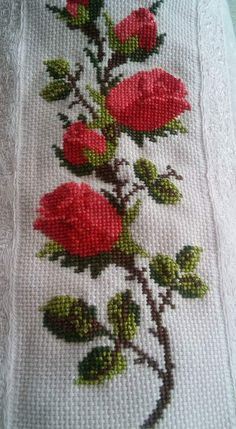 This Pin was discovered by HUZ Cross Stitch Owl, Cross Stitch Borders, Cross Stitch Flowers, Cross Stitch Designs, Cross Stitch Patterns, Basic Embroidery Stitches, Folk Embroidery, Beaded Embroidery, Cross Stitch Embroidery