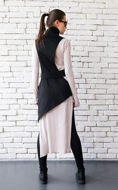 SALE Extravagant Black Vest/Casual Long Top/Sleeveless Elegant Coat/Asymmetric Zipper Top/Black Collar Top/Comfortable Formal Vest/Cut Out T Formal Vest, Formal Tops, Black Collared Shirt, Black Vest, Dress Black, Look Fashion, Fashion Outfits, Fashion Design, Chaleco Casual