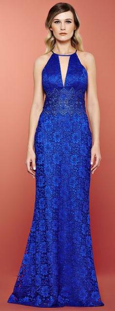 Vestido de festa azul: 15 modelos para madrinhas e formandas!