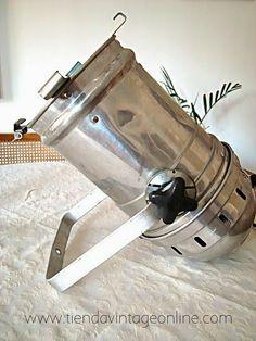 Venta de apliques industriales online. Focos y carcasas estilo industrial aluminio.