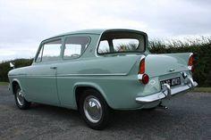 Ford ANGLIA 105E (1966) (picture 6 of 6)
