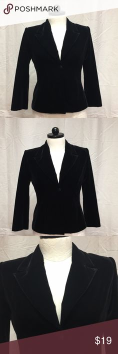 12 Black Velvety blazer Jacket JS Collections EUC Size 12 In Excellent Condition  Black Velvety Jacket  Perfect to wear with a special occcasion type dress or for an evening out by JS Collections   See pictures for better details Mannequin is a Size 12-14 Make me an offer . . . . 4/9/18 JS Collections Jackets & Coats Blazers