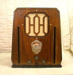 Old Antique Wood Dewald Vintage Tube Radio - Restored Working Art Deco Tombstone