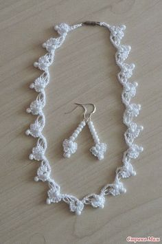 Accessories crocheted