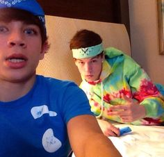 taylor:: i got him into the bandanas *laughs*/ hayes:: it was only for tonight!