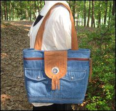 Carolina Cottage: Recycled Jacket to Purse.....inspiraton.....